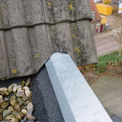 zinken deklijst afwerking met dakpan