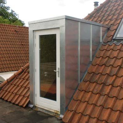 zinken felssysteem voor deur op dak
